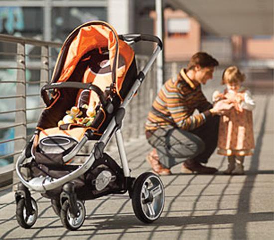 Можно ли катать новорожденного в прогулочной коляске